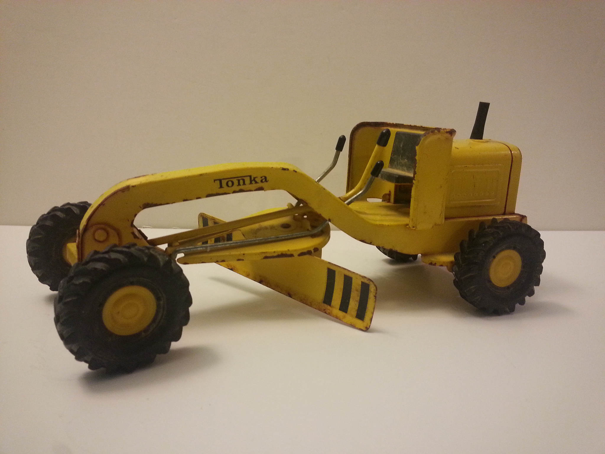 Vintage Toys 1964 Mini Tonka Grader Photo