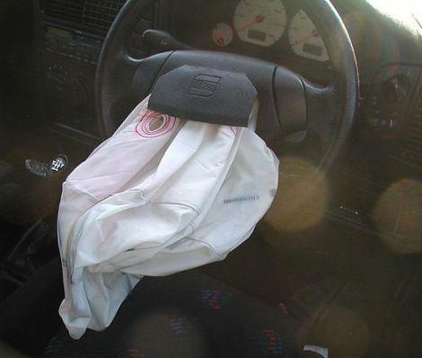 566px-airbag_seat_ibiza